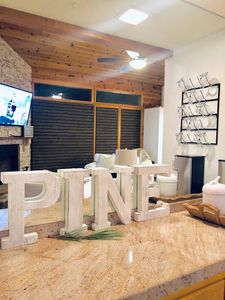 Photo for Little Pine Cabin - Pet & Family friendly!
