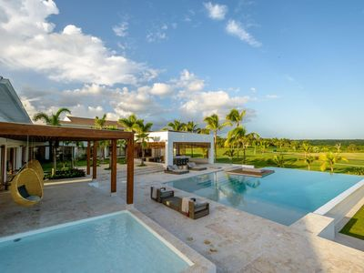 Photo for Brand New and Minimalist Villa, Outdoor Bar for Alfresco Dining, Large Infinity Pool, BBQ Area