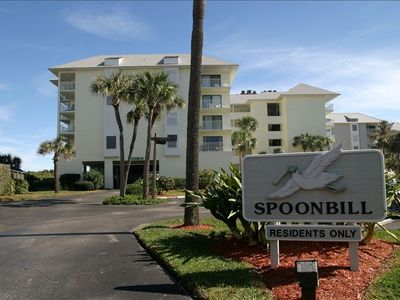 Spoonbill at Indian River Plantation is a four story direct oceanfront building.