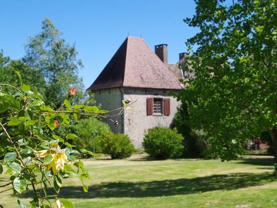 Photo for Apartment in Dependance of a hunting lodge from the 14th century