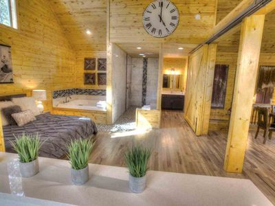 Tranqulilty One- 2 Level Luxury Spa Cabin w/ Infrared Sauna, 2 Person Jacuzzi Spa, Pool Table.