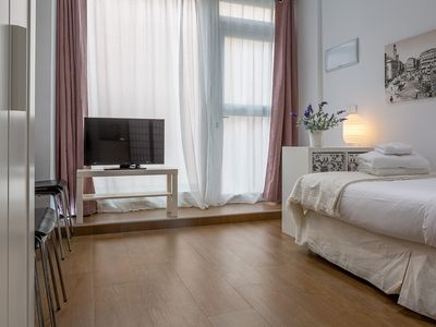 Photo for Cozy 1Bed Studio in Center of Madrid - 4min from tube