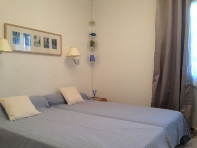 Photo for 2 bedrooms apartment 1 mile from the BEACHES