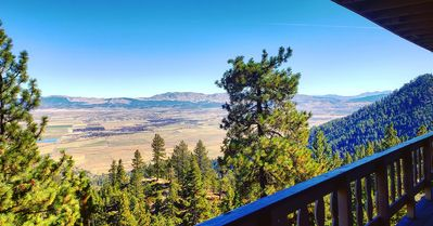 Photo for Top of Tahoe MOUNTAIN VIEW near  Ski Lift with JACUZZI Eddie Bauer cabin theme