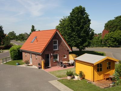 "Photo for Detached holiday home ""Kleines Häuschen"" in the old country, Hollern-Twielenfleth"