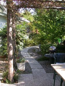 Photo for Modern 3 bedroom garden apartment with maximum privacy