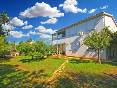 Photo for Apartment 611/19368 (Istria - Medulin), Family holiday, 500m from the beach