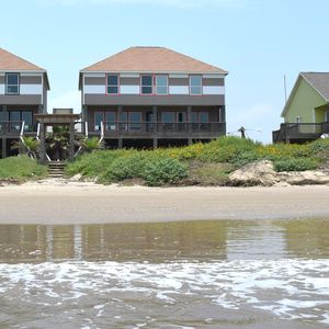 Photo for Beachfront! Great for Weddings, Reunions and Retreats