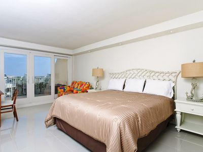 Photo for Solare Tower 405A - Luxurious Tropical Resort, Private Balcony Overlooks Pool towards the Gulf of Mexico, Efficiency Perfect for Two