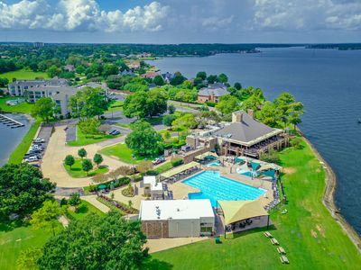 Luxury Condo with Golf Package