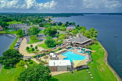 Enjoy convenient access to the Yacht Club and Lake Conroe.