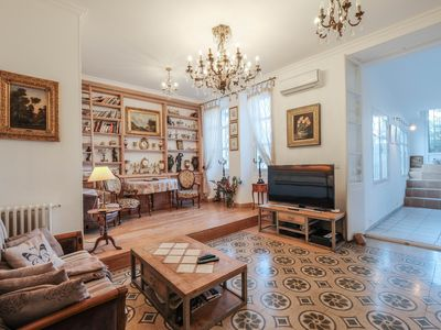 Photo for Wonderful 3 bedroom ideally located in the heart of Cannes !