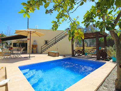 Photo for Villa with pool only 200 meters to the beach
