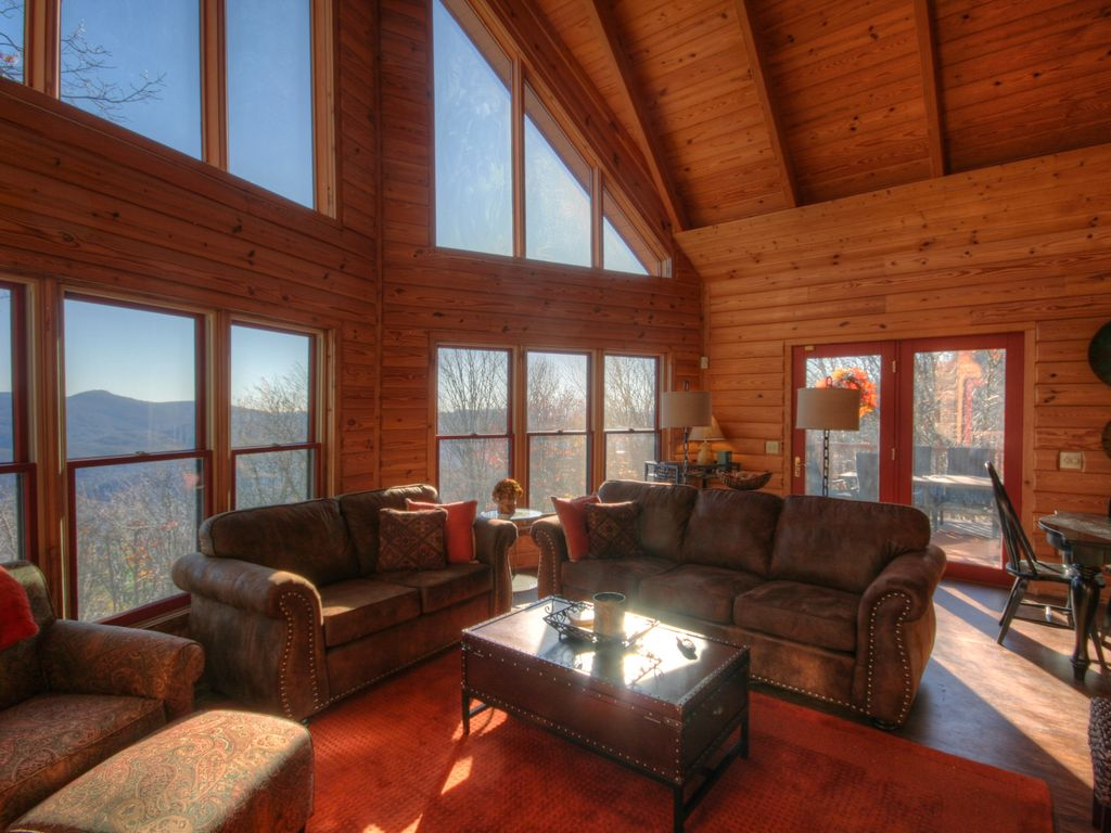 grandkids lodge cabin gas living valle banner cabins log tv with elk fireplace area leather crucis rentals image camelot sofas