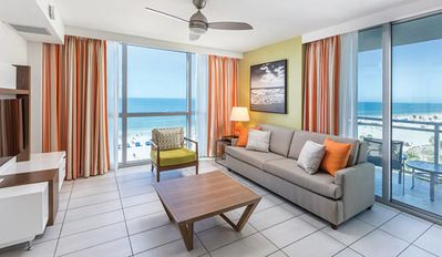 Photo for Clearwater Beach Front, One Bedroom Deluxe Condo (A434)