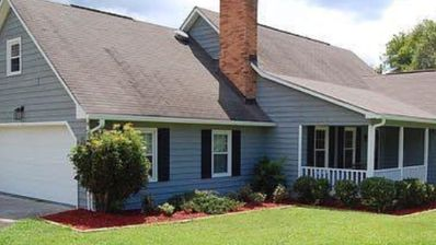 Photo for Lake House cottage in Macon ga