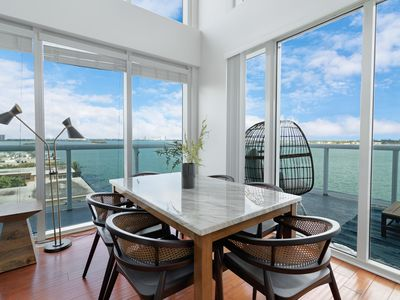 Photo for Harbor Island Condo 801--10 minutes from Brickell, 10 minutes to South Beach