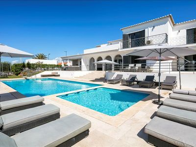 Photo for Vivenda Lucas - Wheelchair friendly 6 bedroom property close to Albufeira, golf and beaches.