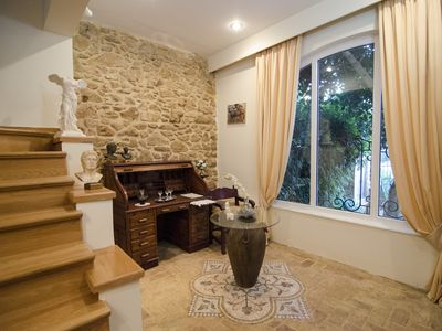 Photo for Artistic Villa Luxury, close Acropolis, Marina, family frienly, full  amenities