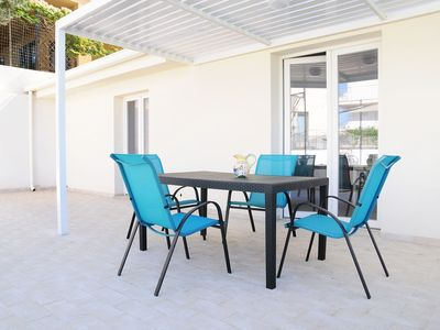 Photo for Attractive Apartment in Marina Di Ragusa with Pool