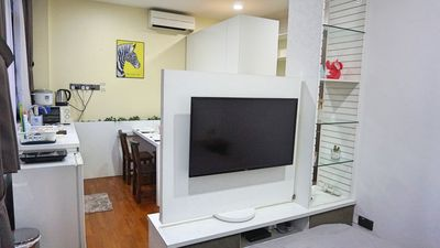 Photo for Cozy Studio in Katong Mins to Town (ON1)