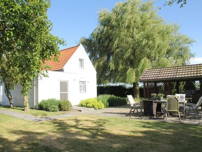 Photo for Detached house with tennis court and large garden near the beach of Groede