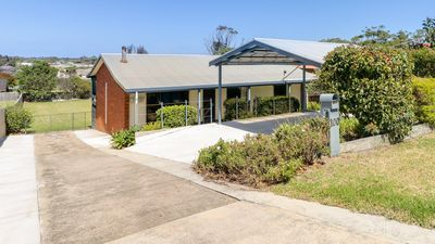 Photo for 100 on Myer - The perfect holiday house with room for the kids to run outside