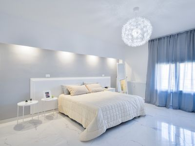 Photo for Spacious Luxurious apartment in the heart of Tuscany x10