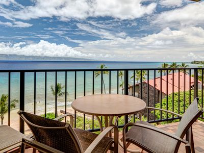 Photo for Waterfront condo just steps from the beach plus resort pools, hot tubs & more!