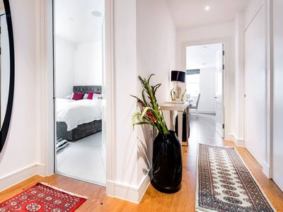 Photo for Luxurious London -comfort and class in Mayfair