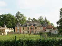 Well equipped and spacious gite in a lovely setting in the grounds of a small ch ...
