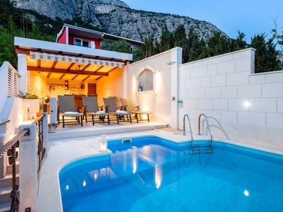 Photo for Vacation home Marieta in Makarska - 5 persons, 2 bedrooms