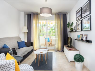 Photo for Apartment with free parking in Marbella
