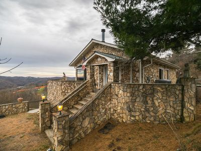 Photo for 1 Musical View Full of musical history, has hot tub and great views!