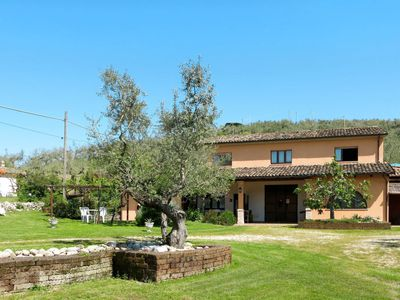 Photo for Vacation home Villa Elster (COV101) in Collecorvino - 4 persons, 1 bedrooms