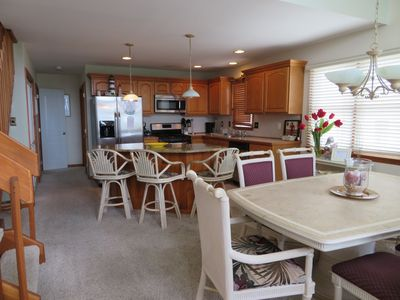 Photo for 5BD/3.5 BATH Steps from the beach and bay - SEA ISLE CITY!