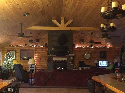 Photo for Giant open log home close to Silver Dollar City