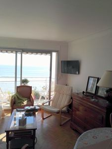 Photo for Apartment F3, facing the sea, 8th floor, with balcony, close to shops