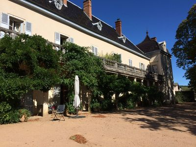 Photo for Castle- Apartment 8 people in the heart of Beaujolais