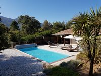 A lovely modern villa suitable for the whole family