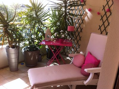 Photo for Air-conditioned studio charm, beautiful ventilated terrace, near train station, beach, rue d'Antib