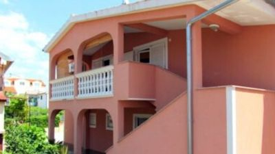 Photo for Barbič A1, 150 m to the beach, 4-5 people, terrace, free WiFi, parking, BBQ