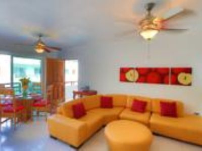 Photo for 2 bedrooms apartment in the heart of Playa del Carmen