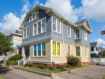Photo for SUBMARINE/SURF HOUSE-KING BED/16 SLEEPERS/9 MIN WALK TO BEACH