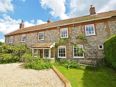 Photo for 4BR House Vacation Rental in East Rudham