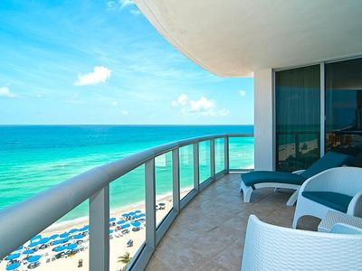 Photo for LAST MINUTE SPECIALS DIRECT OCEANFRONT w/ Kitchen & Balcony **