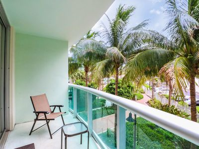 Photo for BEAUTIFUL 2 BEDROOM APARTMENT ON THE BEACH