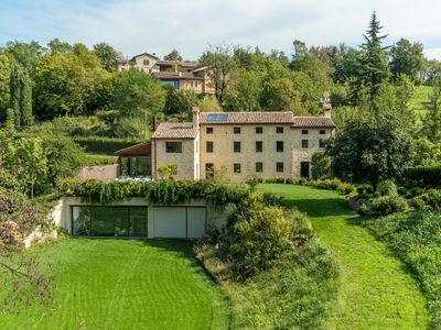 Photo for Relaxing Villa & Modern Country Home (Golf Club)