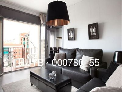 Photo for Encants Plus apartment in Eixample Dreta with WiFi, air conditioning, balcony & lift.