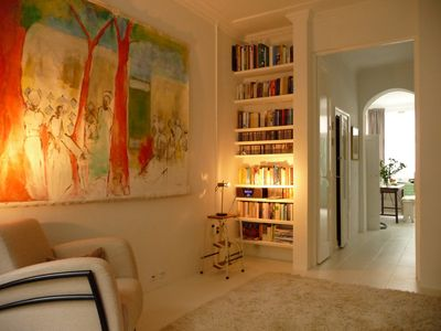 Photo for Cozy and Stylish Apt with garden in city center. Free WiFi !!